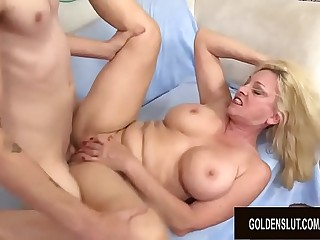 Big Hooters Ash-blonde Granny Cala Hungers Fucks Her Skinny Younger Beau