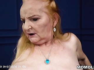 Thick belly mature takes a big dick
