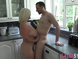 Horny gilf blows cock