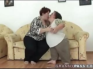 Lesbian Midget Pleases A BBW Granny