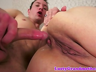 Saggy grandma gets her pink hole fucked deeply