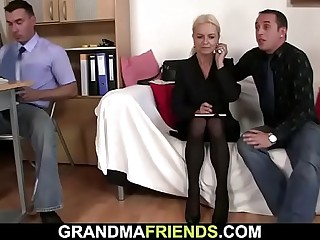 ?2 guys entice ash-blonde mature woman