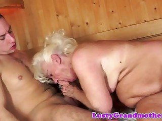 Chubby granny orally pleasured in the spa