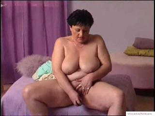 55 years Granny Mariska Wanks at home