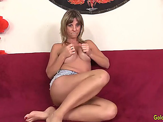 Older skyler haven shows off her tempting body and orgasms with sex toys