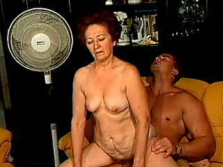 Sex starving granny bonks youthful dude in provocative old and youthful porn clamp