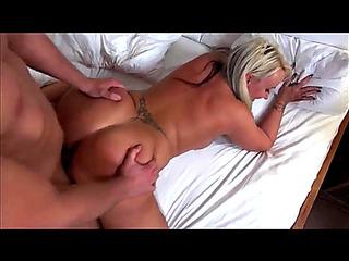 V???ュdeos porn HD de Cougarz:menacing Big OLDER GAZOO