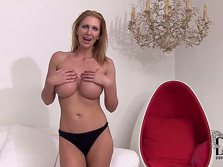 Older Leigh Darby with giant bra-stuffers and trimmed coochie grinding the pearl