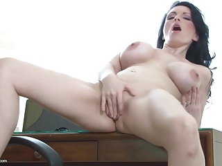 Dilettante older bigtit mama hungry fuck fuck
