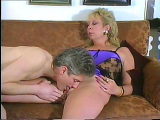 Older GoldenHaired Blows And Receives Her Pierced Fur Pie Smashed