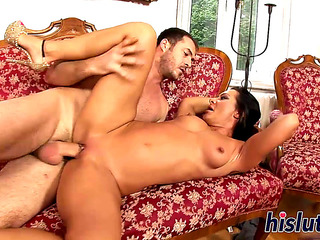 V???�deos porno HD de Aged bombshell Sandra rides a biggest boner