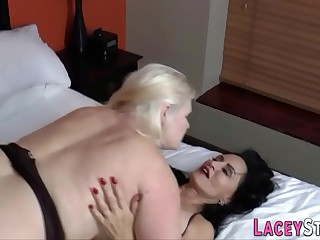 Grandmother tribs in hardcore threeway