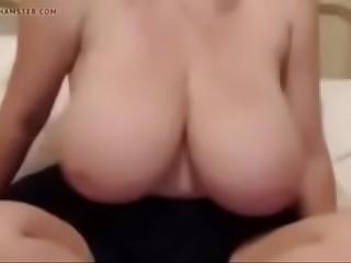 BBW Big Tit Granny at Vixenhub.com