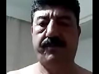 Gaziantep'_ten Mehmet Selli'_nin b&uuml_y&uuml_k skandal? canl? web kameras?yla mast&uuml_rbasyon yap?yor