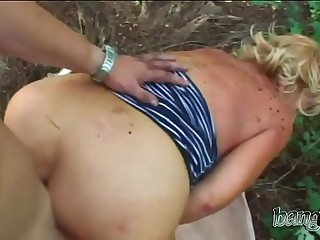 Voluptuous granny with big ass got pumped by a fat young dick